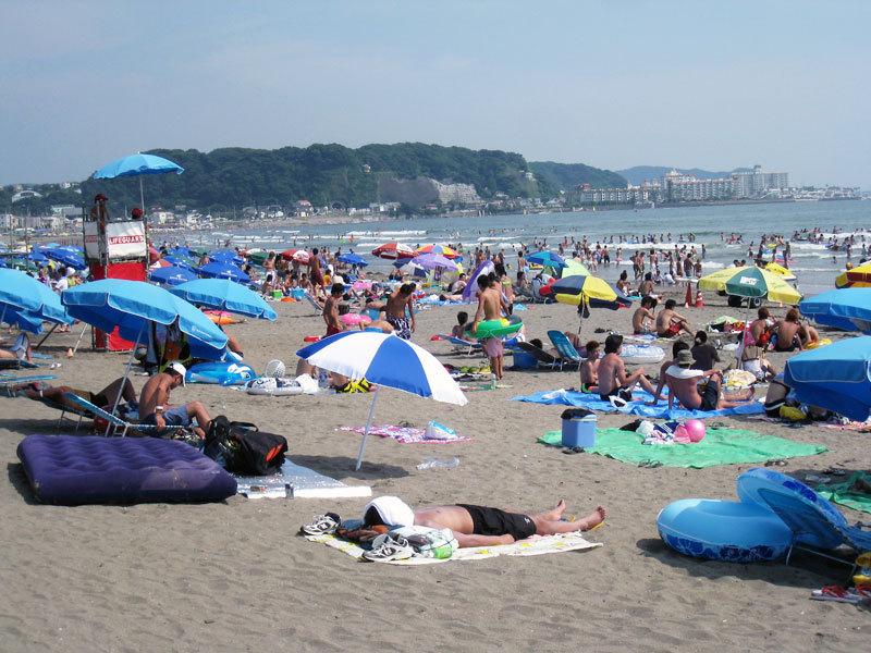 $オーラソーマ総合情報サイト・ブログ-夏の由比ヶ浜海岸・2