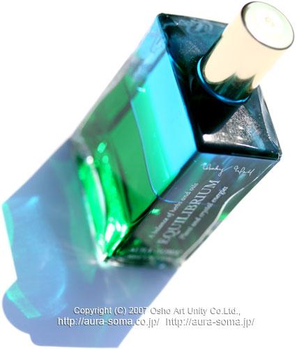 オーラソーマ イクイリブリアム ボトル B009 ハートの中のハート/クリスタルの洞窟/超越したハート HeartwithintheHeart/CrystalCave/TranscendentalHeart